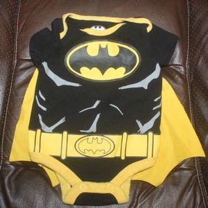 Batman D C Comics Baby Onesie Cape black yellow NB